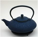 Blue Leaves Teapot  w/Trivet